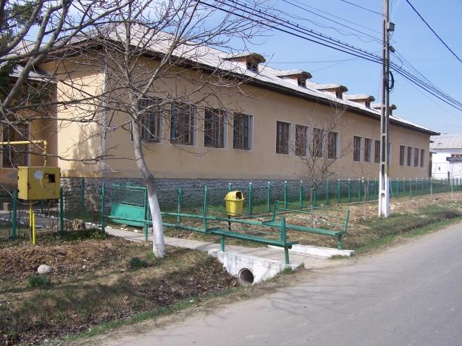 Şcoala Generală Băleşt în reconstrucţiei